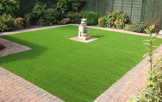 grass-installation
